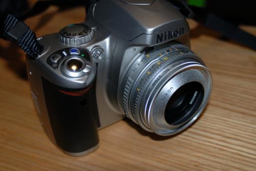 NIkonD40+AiNikkor45mmF2.8P